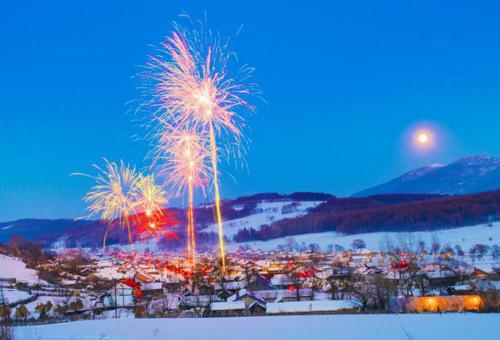 """""""吉林雪乡·舒兰二合""""积极发展冰雪旅游,年人均增收超过2万元。"""